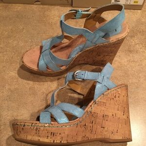 Women's wedge shoes size 10